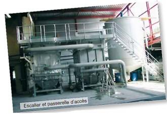 Passerelle et escaliers sur chaîne d'emboutissage - Devis sur Techni-Contact.com - 1