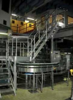 Passerelle et escaliers sur chaîne d'emboutissage - Devis sur Techni-Contact.com - 2