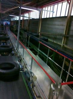 Passerelle sur chaîne de montage pneumatique - Devis sur Techni-Contact.com - 2