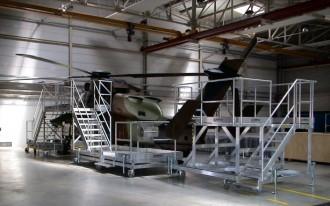 Plate forme d'accès roulante aéronautique - Devis sur Techni-Contact.com - 1