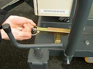 Plate-forme élévatrice manuelle - Devis sur Techni-Contact.com - 2