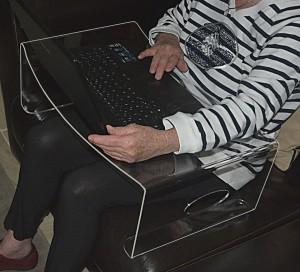 Plateau d'ordinateur en plexiglas - Devis sur Techni-Contact.com - 3