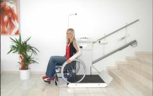 Plateforme inclinée pour escalier droit - Devis sur Techni-Contact.com - 1
