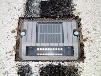 Plot lumineux solaire de bordure - Devis sur Techni-Contact.com - 2