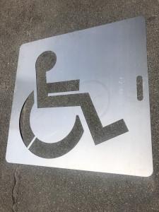 Pochoir pour place de parking PMR - Devis sur Techni-Contact.com - 1