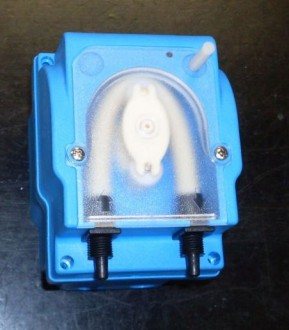 Pompe doseuse à détergent lave-vaisselle - Devis sur Techni-Contact.com - 1