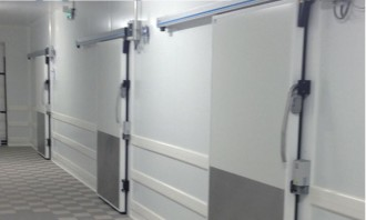 Porte isotherme coulissante - Devis sur Techni-Contact.com - 1