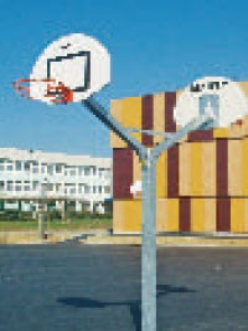 Poteau basket de rue panneau polyester simple et double - Devis sur Techni-Contact.com - 2