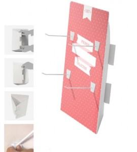 Présentoir en carton avec crochets - Devis sur Techni-Contact.com - 1