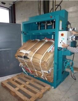 Presse à balles force 60 tonnes - Devis sur Techni-Contact.com - 1