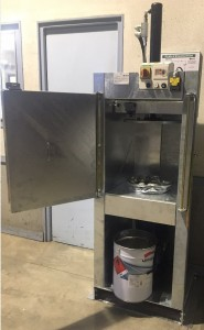 Presse à bidon 25 à 30 litres - Devis sur Techni-Contact.com - 1