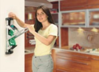Presse manuelle pour bouteille plastique - Devis sur Techni-Contact.com - 1