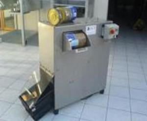 Presse pour compactage boîtes de conserve - Devis sur Techni-Contact.com - 1