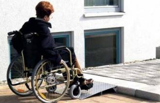 Rampe accès pour personnes handicapées - Devis sur Techni-Contact.com - 1