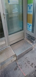 Rampe d'accès encastrée - Devis sur Techni-Contact.com - 1