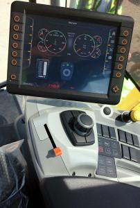 Retourneur enjambeur Backhus A70 A75 - Devis sur Techni-Contact.com - 8