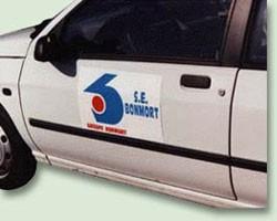 Signalisation magnétique pour véhicule - Devis sur Techni-Contact.com - 1