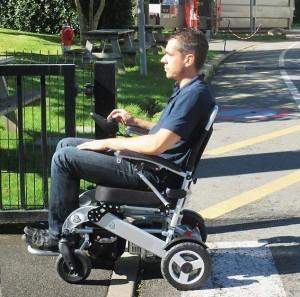Fauteuil roulant électrique - Devis sur Techni-Contact.com - 1