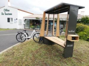 Station de recharge solaire pour vélo électrique ou téléphone - Devis sur Techni-Contact.com - 1