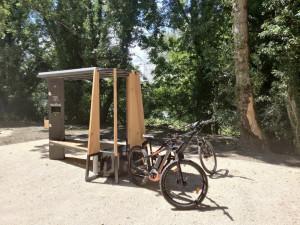 Station de recharge solaire pour vélo électrique ou téléphone - Devis sur Techni-Contact.com - 2