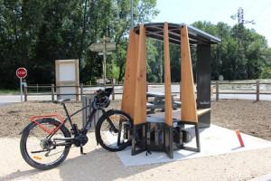 Station de recharge solaire pour vélo électrique ou téléphone - Devis sur Techni-Contact.com - 4