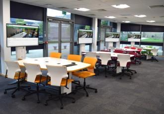 Table collaborative avec écran - Devis sur Techni-Contact.com - 4