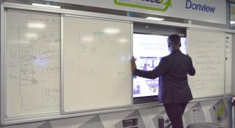Tableau blanc coulissant support écran interactif - Devis sur Techni-Contact.com - 2