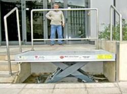 Tables de quai pour chargement - Devis sur Techni-Contact.com - 1