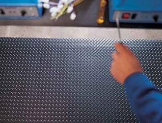 Tapis de travail ergonomique - Devis sur Techni-Contact.com - 1