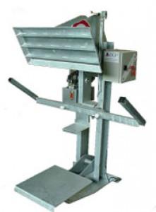 Tasseur compacteur de déchets 660 à 750 litres - Devis sur Techni-Contact.com - 1