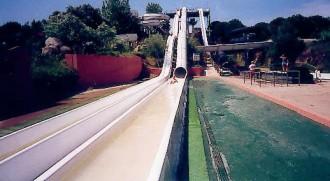 Toboggan tube pour piscine - Devis sur Techni-Contact.com - 1