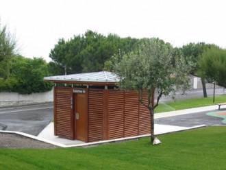 Toilettes exterieur Personnalisés à persienne - Devis sur Techni-Contact.com - 1