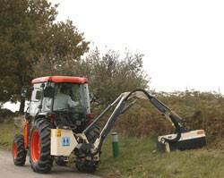 Tracteur compact diesel polyvalent - Devis sur Techni-Contact.com - 1