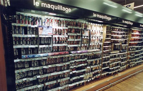 Agencement D Un Lineaire Parfumerie Amenagement Parfumerie