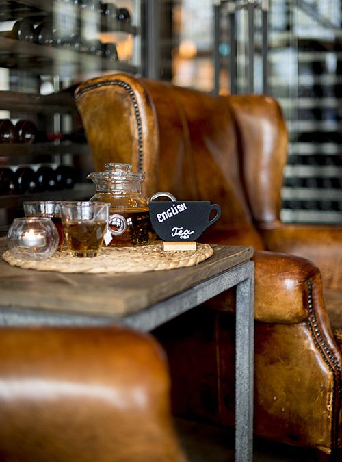 Ardoise de table avec socle en bois - Chevalet de table - Techni-Contact