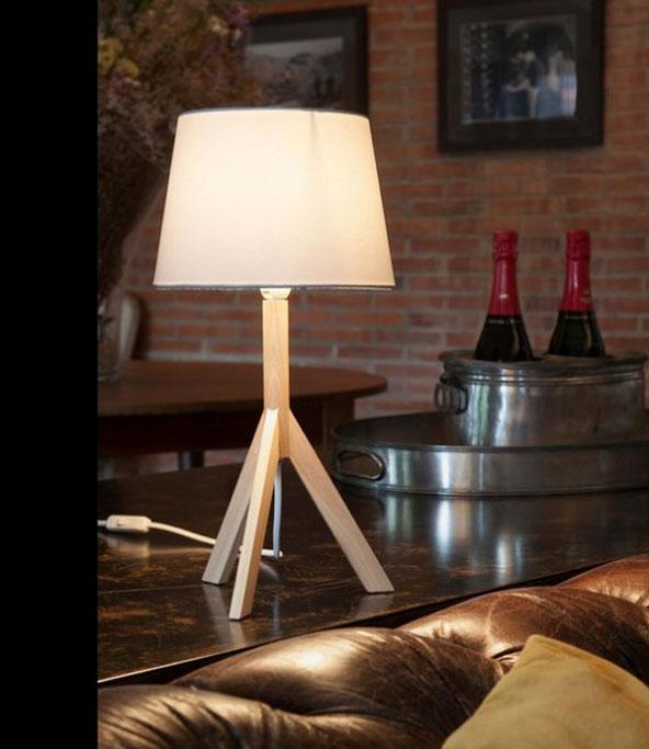 Table de restaurant - Lampe moderne een poser ...