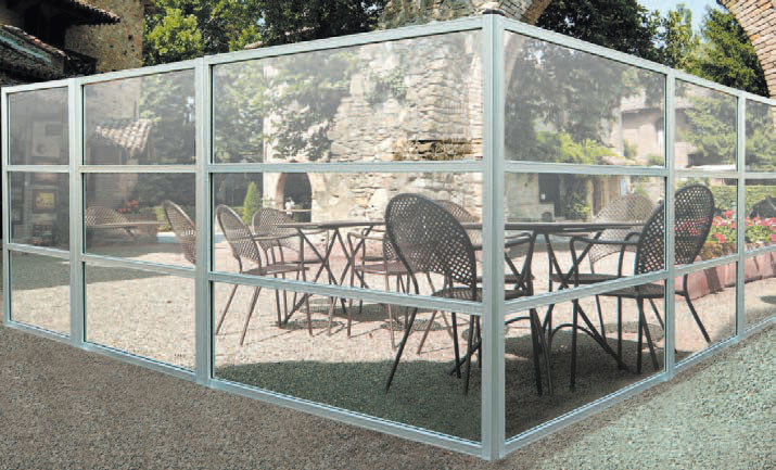 coupe vent terrasse transparent fabulous brise vent pour terrasse with coupe vent terrasse. Black Bedroom Furniture Sets. Home Design Ideas