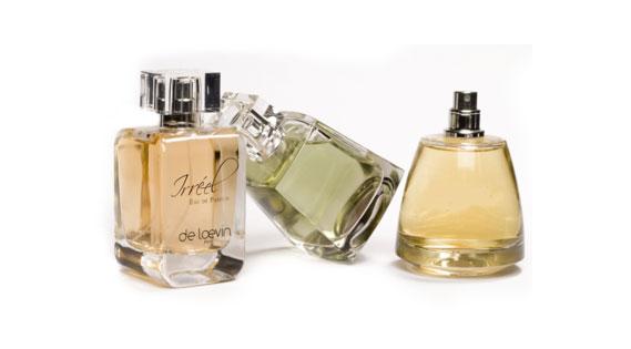 """Résultat de recherche d'images pour """"aspersion de parfum"""""""
