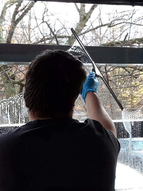 Laver Baie Vitree service nettoyage baie vitrée - lavage et nettoyage de vitres