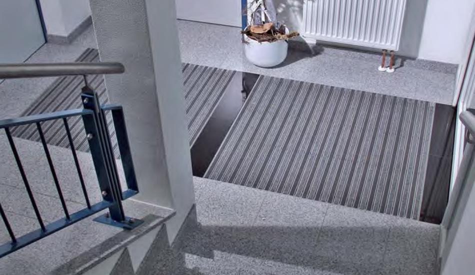 tapis d accueil best tapis duentre symphonie plus ultra absorbant anthracite bleu with tapis d. Black Bedroom Furniture Sets. Home Design Ideas