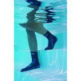 Chaussettes aquatiques de piscine chaussons piscine for Chaussons de piscine