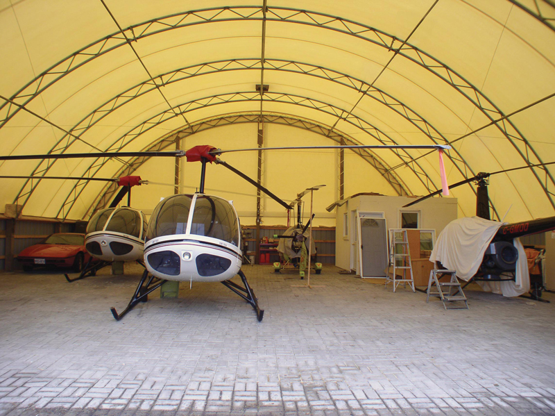 Centre questre stockage industriel agriculture hall de for Garage tunnel metallique