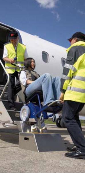 monte escalier pour avion transport de personnes mobilit r duite techni contact. Black Bedroom Furniture Sets. Home Design Ideas